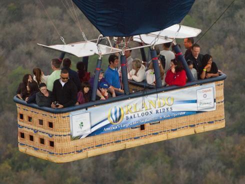 Como é o voo de balão em Orlando