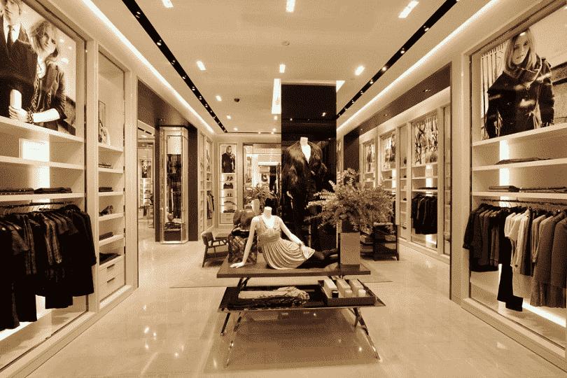 Detalhes da loja Burberry em Miami e Orlando
