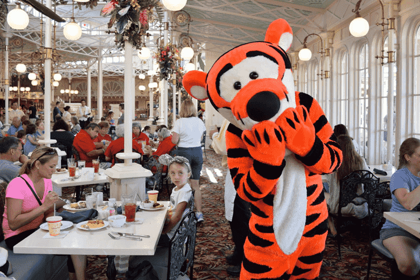 Restaurante The Crystal Palace no Magic Kingdom na Disney