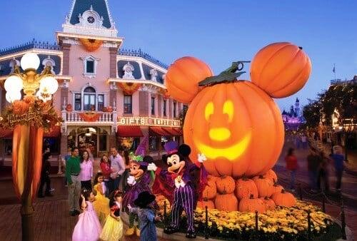 Festa de Halloween no parque Disney Magic Kingdom em Orlando