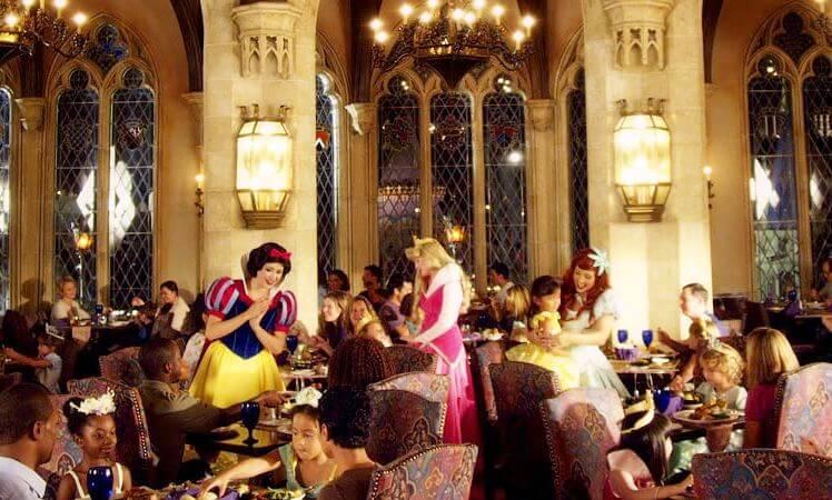 Restaurante Cinderella's Royal Table Disney