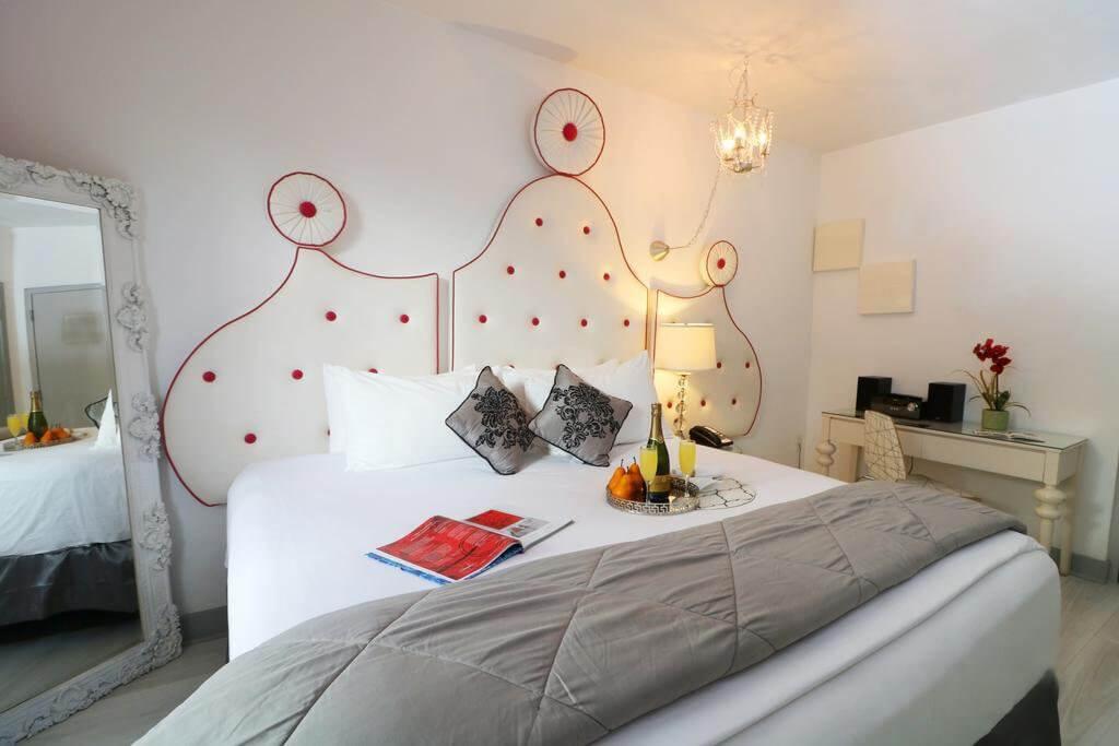 Whitelaw Hotel and Lounge: quarto