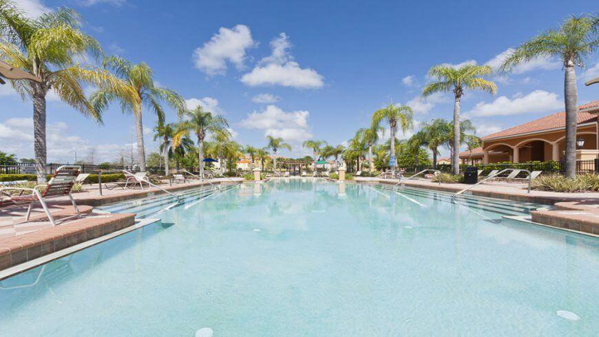 Casas para alugar em Orlando do Grupo Dicas - Piscina do Condomínio