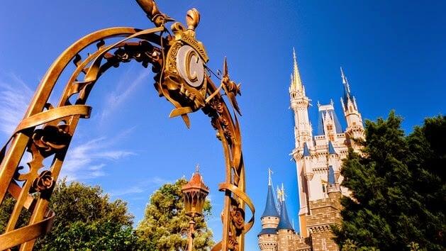 Disney's Family Magic Tour - Entrada