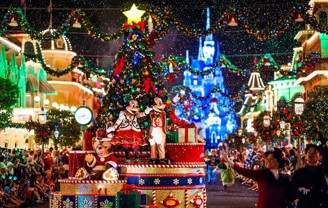Paradas na Mickey's Very Merry Christmas Party.