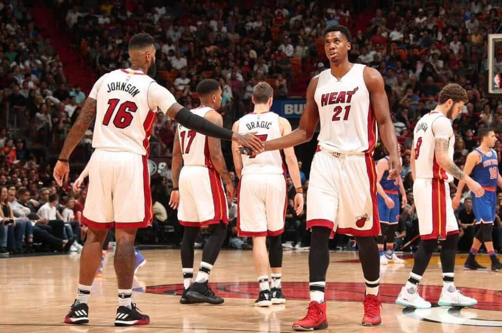 Jogo de basquete NBA