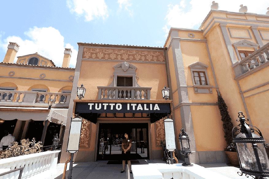 Entrada do restaurante Tutto Italia no Epcot em Orlando