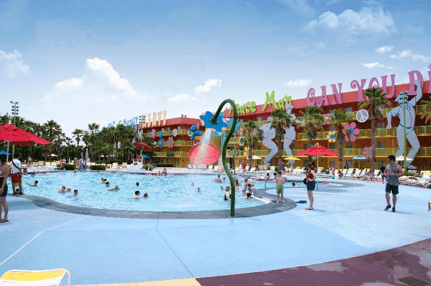 Piscina do Hotel Pop Century na Disney em Orlando
