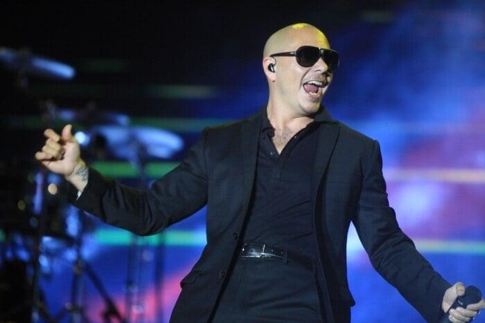 Pitbull na Festa de ano-novo com o Pitbull em Miami