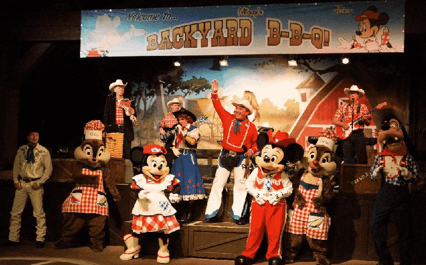 Mickey's Backyard BBQ em Orlando