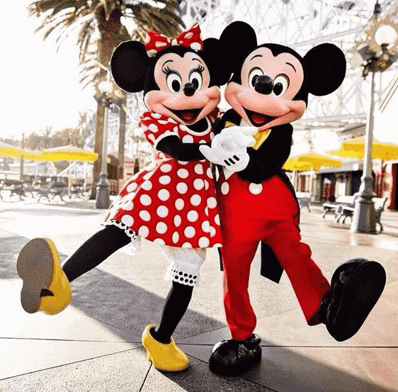 Dia dos Namorados, Valentine's Day. Data comemorativa. - Disney