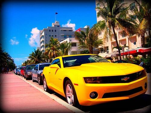 Vale a pena alugar um carro no aeroporto em Miami ou não?