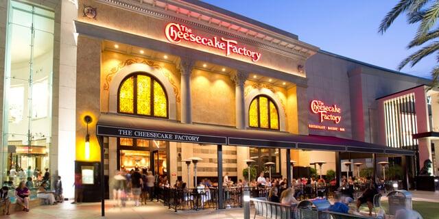 Onde comprar chocolates e doces em Orlando: Loja e restaurante Cheesecake Factory em Orlando