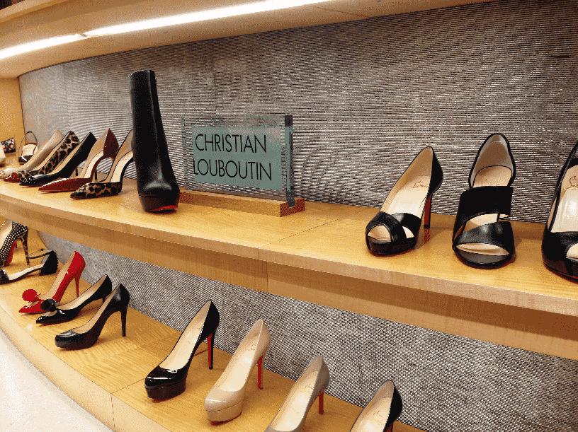 Onde comprar sapatos femininos em Orlando: Neiman Marcus em Miami e Orlando