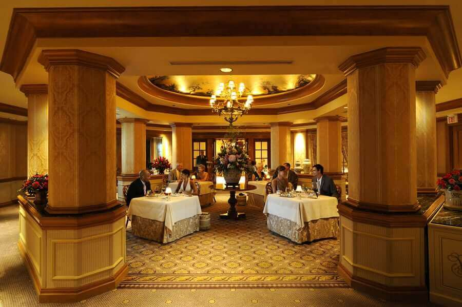 Restaurantes de hotéis da Disney: Victoria and Alberts