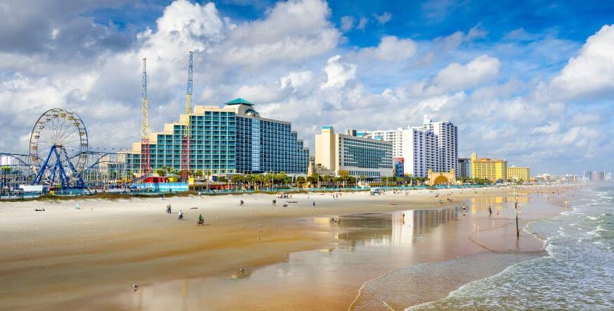 6 passeios de bate e volta de Orlando: Daytona Beach em Orlando