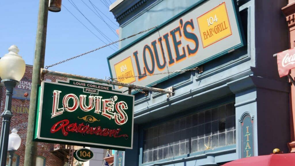 Restaurantes bons e baratos na Universal Orlando: Louie's Italian Restaurant
