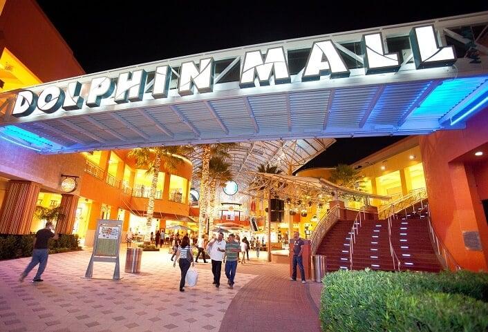 10 bons lugares para fazer compras em Miami e Key Biscane: Compras no Shopping Dolphin Mall